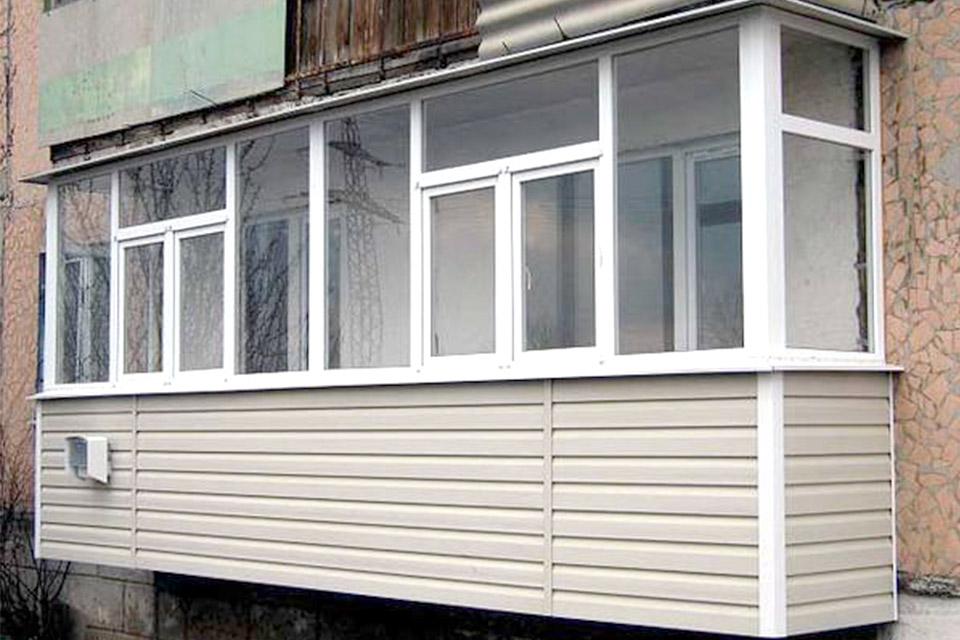 Если в планах наружная отделка балкона - какой материал выбр.